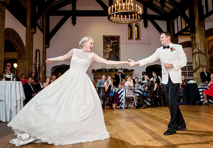 Emily & Chris rock it after taking wedding dance lessons