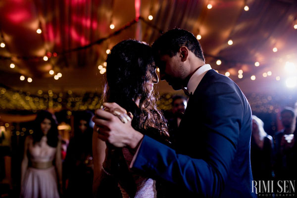 Raghu & Anu share a romantic moment during their first dance