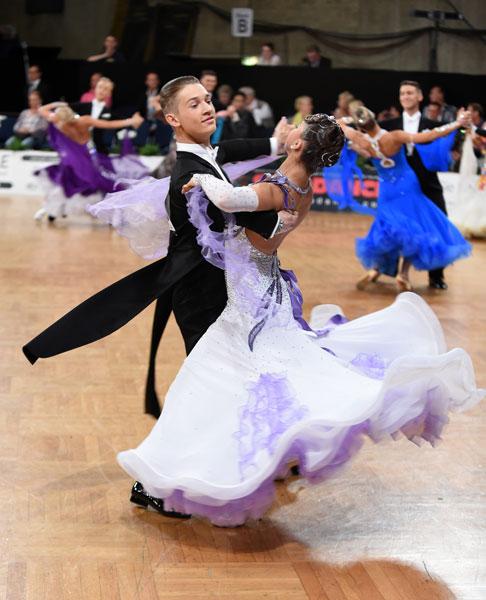 Viennese Waltz dancers